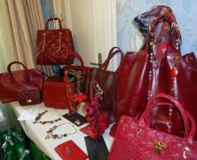 Teria Yabar nos enseña su colección de complementos 2012